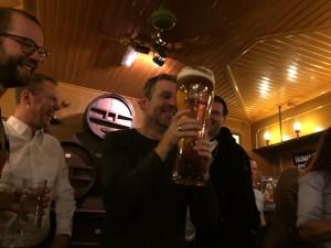 Ewald - oprichter Bier&cO proost op het nieuwe jaar